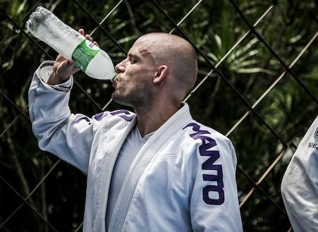 Znaczenie wody dla zawodnika BJJ