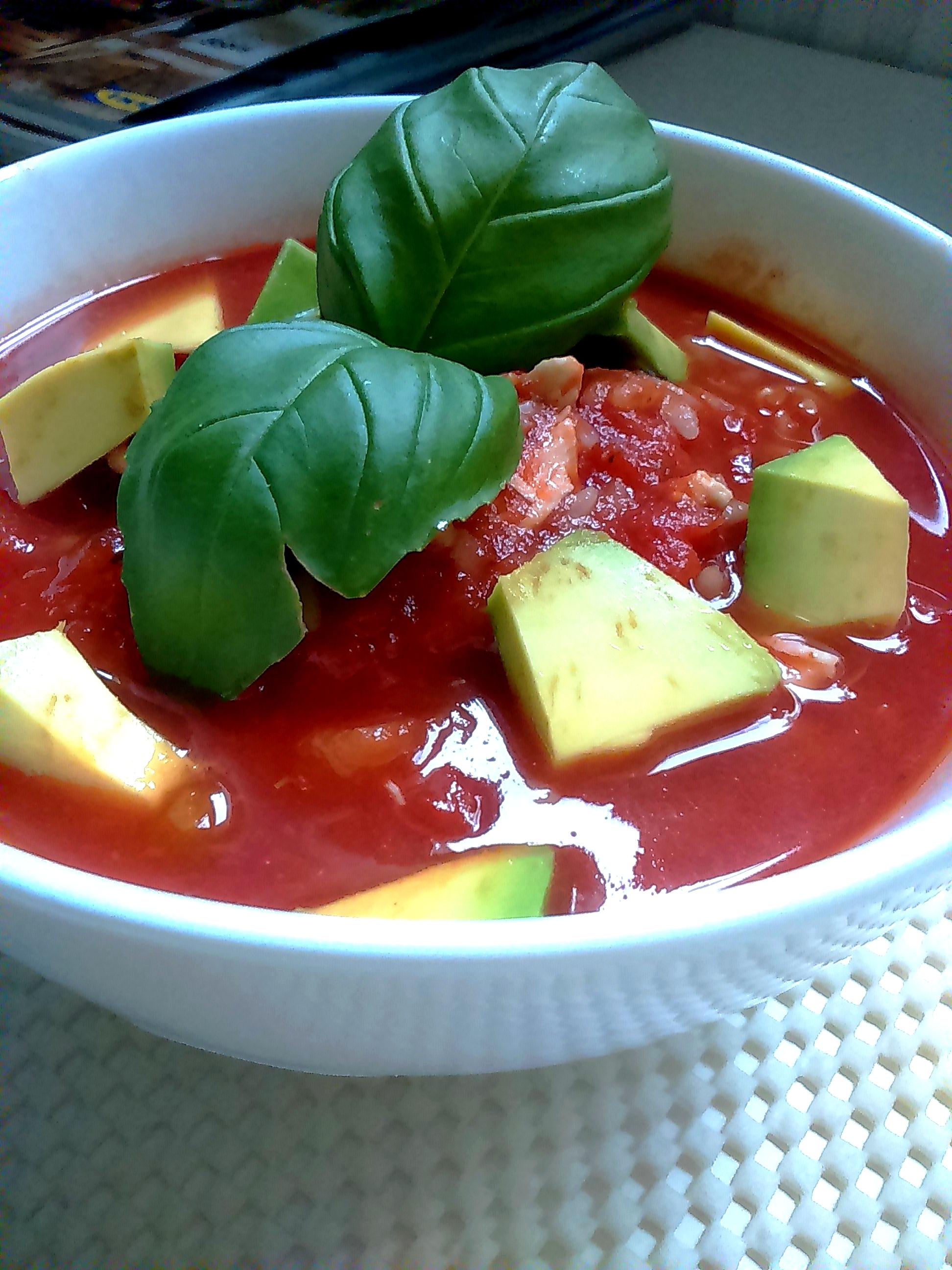 Rozgrzewająca zupa pomidorowa w 5 minut