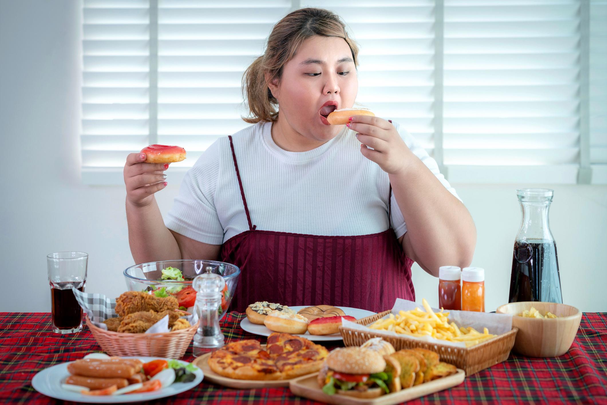 Kompulsywne objadanie się i cheat meal a insulinooporność i cukrzyca typu 2